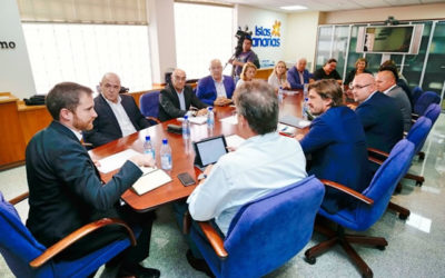 Isaac Castellano expone a patronales y cabildos las líneas generales de la futura Ley de Turismo de Canarias