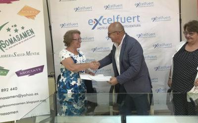 La Asociación de Empresarios del Turismo Excelfuert,  destina un importante aporte económico para apoyar el trabajo de Asomasamen, Asociación Majorera por la Salud Mental